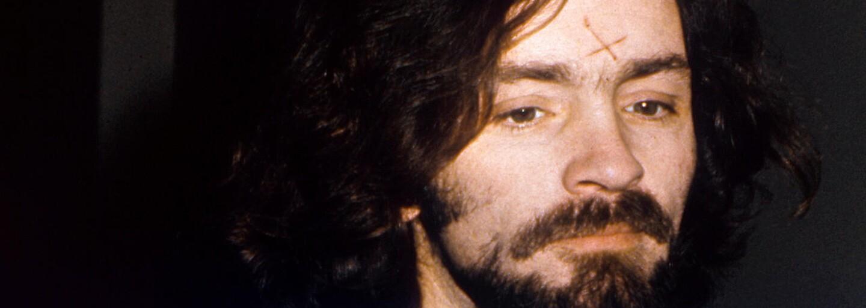 Vedl sektu fanatiků, kteří vraždili na povel: Šílený zločinec Charles Manson je ztělesněním všeho zla