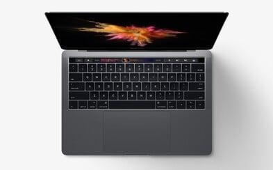 Mnoho redukcí a vysoké ceny. Apple se kvůli MacBookům v prestižním hodnocení propadl až na šesté místo