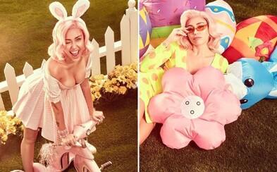 Veľká noc v podaní Miley Cyrus je poriadne horúca. V sérii odvážnych fotiek si speváčka užíva slnečnú jar