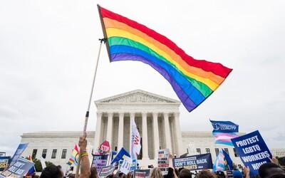 Veľké víťazstvo pre LGBTI komunitu v USA. Najvyšší súd im priznal ochranu voči pracovnej diskriminácii