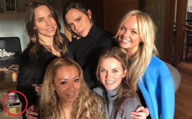 Veľkolepý návrat Spice Girls sprevádza pochybná fotografia, ktorú na sociálne siete zavesila Victoria Beckham