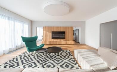 Veľkoplošný byt pre mladú rodinku z bratislavských Starých Gruntov, ktorému okrem priestoru dominuje dizajnová moderna