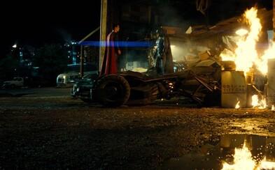 Veľký deň pre DC poskytol aj nové, akčné zábery pre Batman v Superman