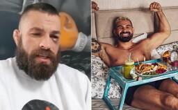 Vémola žiada odvetu, Attila Végh si užíva raňajky do postele. Ako trávia bojovníci MMA chvíle po zápase storočia?