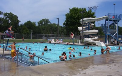 Verejné bazény sú plné moču. Kanadskí vedci potvrdzujú naše najhoršie nočné mory