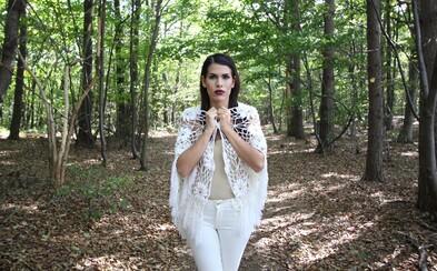 VeronikaS zo Spirit Music experimentuje a spája žánre v jej prvej slovenskej skladbe Zmizol
