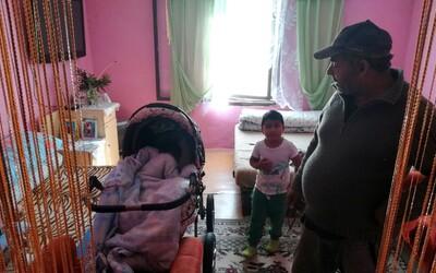 Veselé interiéry, slušné bývanie a chuť pracovať. Takto to vyzerá v rómskych domoch na východe (To najlepšie z Refresheru)