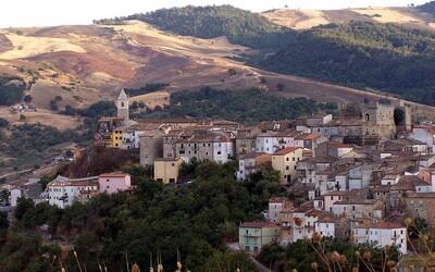 Vesničky v Itálii ti zaplatí téměř 25 000 eur, pokud se do nich odstěhuješ