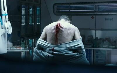 Vetřelci mají v nových záběrech pokračování Promethea jasný vzkaz pro posádku lodě Covenant: Na naší planetě najdete jen smrt