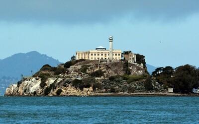 Vězení Alcatraz: Nedobytná pevnost, do které se chodilo zešílet