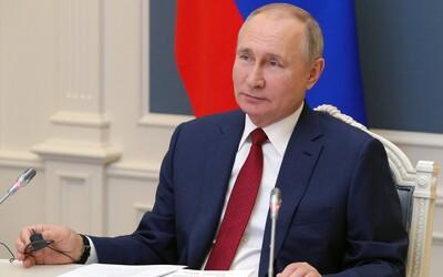 Viac ako polovica obyvateľov Slovenska vníma Vladimira Putina pozitívne. Odsudzuje však aj zajatie Navaľného