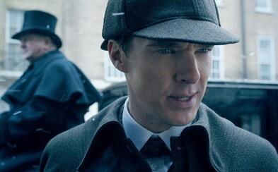 Vianočná epizóda Cumberbatchovho Sherlocka odkrýva v prvom traileri viktoriánsky Londýn!