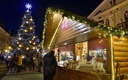 Vianočné trhy v Bratislave budú. Takto by mohli vyzerať