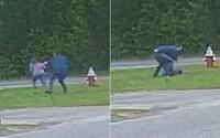 VIDEO: 11-ročné dievčatko sa ubránilo únoscovi s nožom. Ten nakoniec utiekol
