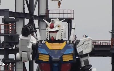 VIDEO: 18metrový robot z Japonska už hýbe rukama, kolena ohýbá jako atlet. 25 tun železa hravě vykonává lidské pohyby