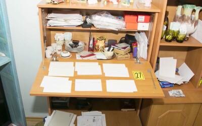 VIDEO: 64-ročný muž písal výhražné listy prezidentke aj ministerke Kolíkovej. Na dvere bytu mu zaklopalo policajné komando