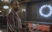 VIDEO: Big Sean ukázal dom, ktorý kúpil od Slasha z Guns N' Roses. Keď dal vyrezať okno v kuchyni, narušil statiku
