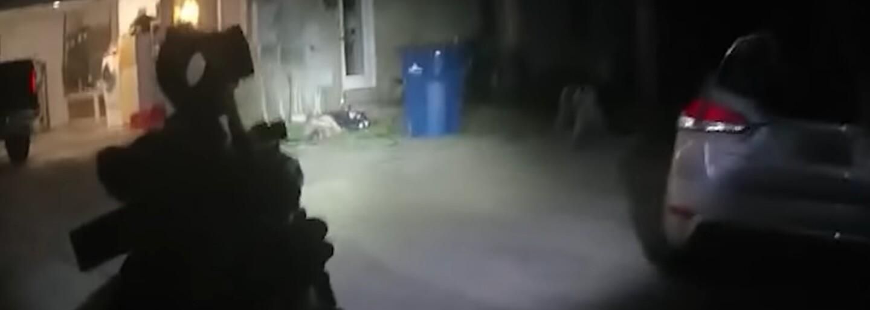 """VIDEO: """"Dám ich dole ako v GTA,"""" povedalo 14-ročné dievča. Na policajtov strieľalo z AK-47 a brokovnice s iba 12-ročným kamarátom"""