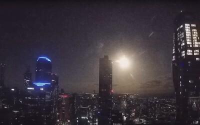 VIDEO: Exploze meteoru rozzářila noční oblohu nad Austrálií