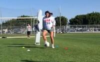 Video: Futbalistka trénuje v 7. mesiaci tehotenstva. Dieťa ju pri výkone príliš nespomaľuje, tvrdí