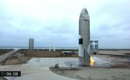 VIDEO: Historický moment spoločnosti SpaceX. Rakete Starship sa prvýkrát podarilo pristátie na zemi