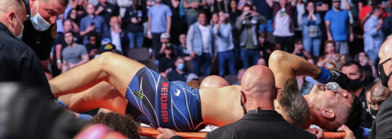 VIDEO: Hrozivé zranění na turnaji UFC. Bojovník si jedním kopem zlomil holenní i lýtkovou kost