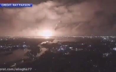 Video: Obrovská exploze u íránské válečné základny, kterou v minulosti spojovali s jadernými zkouškami