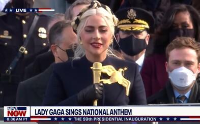 VIDEO: Podívej se, jak Lady Gaga zazpívala hymnu na inauguraci nového prezidenta USA