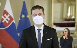 VIDEO: Premiér Eduard Heger v mimoriadnom príhovore vyzval všetkých Slovákov, aby sa zaočkovali, nech porazíme pandémiu
