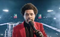 VIDEO: The Weeknd spravil zo Super Bowlu Las Vegas, dal do toho vlastných 7 miliónov. Sleduj celú polčasovú show