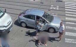 Video: V Brně se řidiči začali mlátit přímo uprostřed rušné křižovatky