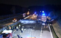Video zachycuje nehodu cisterny s olejem na D1, při které uhořel člověk