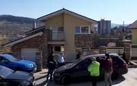 Video zachytáva, ako Kajetána Kičuru odvádzajú v putách, polícia vyčíslila škodu na 39 000 000 eur