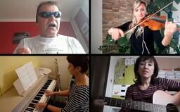 VIDEO: Zaměstnanci české základní školy nazpívali písničku pro všechny učitele, aby je podpořili v době pandemie