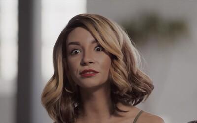 Vieš, aké porno obľubuje tvoja polovička? PornHub v novej reklame nakázal dvojiciam, nech sa vzájomne popriznávajú