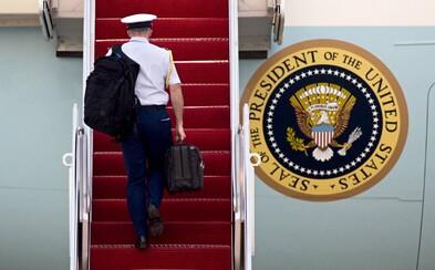 Víte, co se skrývá v černém kufříku, který vždy doprovází amerického prezidenta?