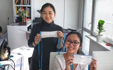 Vietnamci v Česku pomáhají lékařům vařením jídla, vybrali peníze na plicní ventilátor a pro občany šijí roušky zdarma