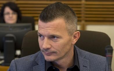Vila exministra Jána Počiatka stála 3 200 000 €. Zavolajte mu, či si ju mohol dovoliť, vyhlásil Fico