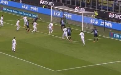 Víťazný gól a čisté konto. Milan Škriniar zariadil výhru Interu a patrí k najlepšie skórujúcim obrancom súťaže