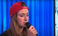 Vítězka Superstar Barbora Piešová představila vlastní singl. Dočkali jsme se rádiového hitu?