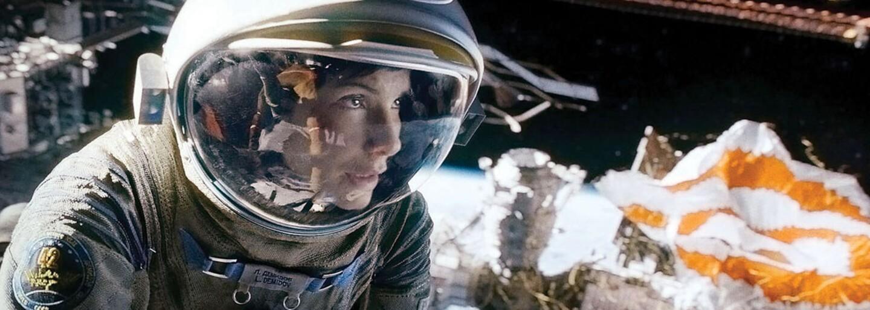 Vizuálne úchvatné sci-fi Gravitácia so Sandrou Bullock ťa strhne intenzívnym príbehom a geniálnou technickou stránkou