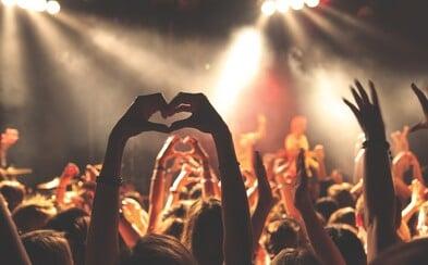 Vláda povolí koncerty a filmová představení, nesmí tam ale být diváci