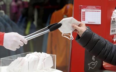 Vláda zrušila dočasně DPH na respirátory, ceny zlevní od středy