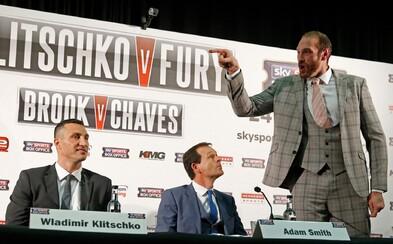 """Vladimir Kličko bude válčit v ringu, aby obhájil své tituly proti """"uličníkovi z Británie"""" Tysonu Furymu"""