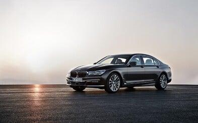 Vlajková loď BMW konečne odhalená aj oficiálne. Nový rad 7 je ľahší, luxusnejší a prepchatý vychytávkami