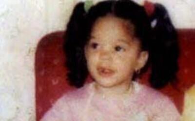Vlastní matka ji bila, kopala a nutila jíst výkaly, nakonec ji zavraždila: Kdyby úřady zasáhly včas, Elisa mohla žít