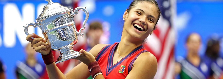 Vo finále ženskej dvojhry na US Open zvíťazila 18-ročná Emma Raducanuová