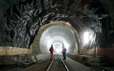 Vo Švajčiarsku postavili najdlhší železničný tunel na svete. Meria úctyhodných 56 kilometrov