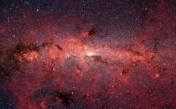 Vo vesmíre okolo nás je vraj minimálne 36 ďalších inteligentných civilizácií. Môžu však byť navždy príliš ďaleko