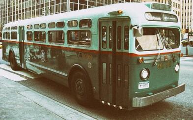 Vodič autobusu, ktorý hodil starosti za hlavu a počas práce sa vydal na dobrodružnú jazdu dlhú 2 000 kilometrov